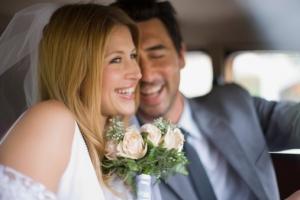 Нежный образ невесты как всегда в моде: тенденции 2012 года